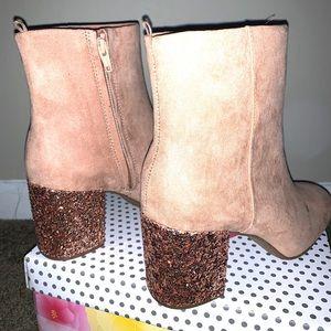 Block heel booties in Blush